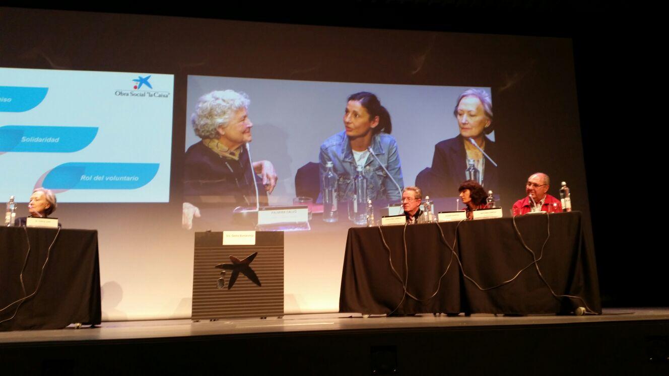 Conferenciantes del encuentro en La Caixa de Sevilla