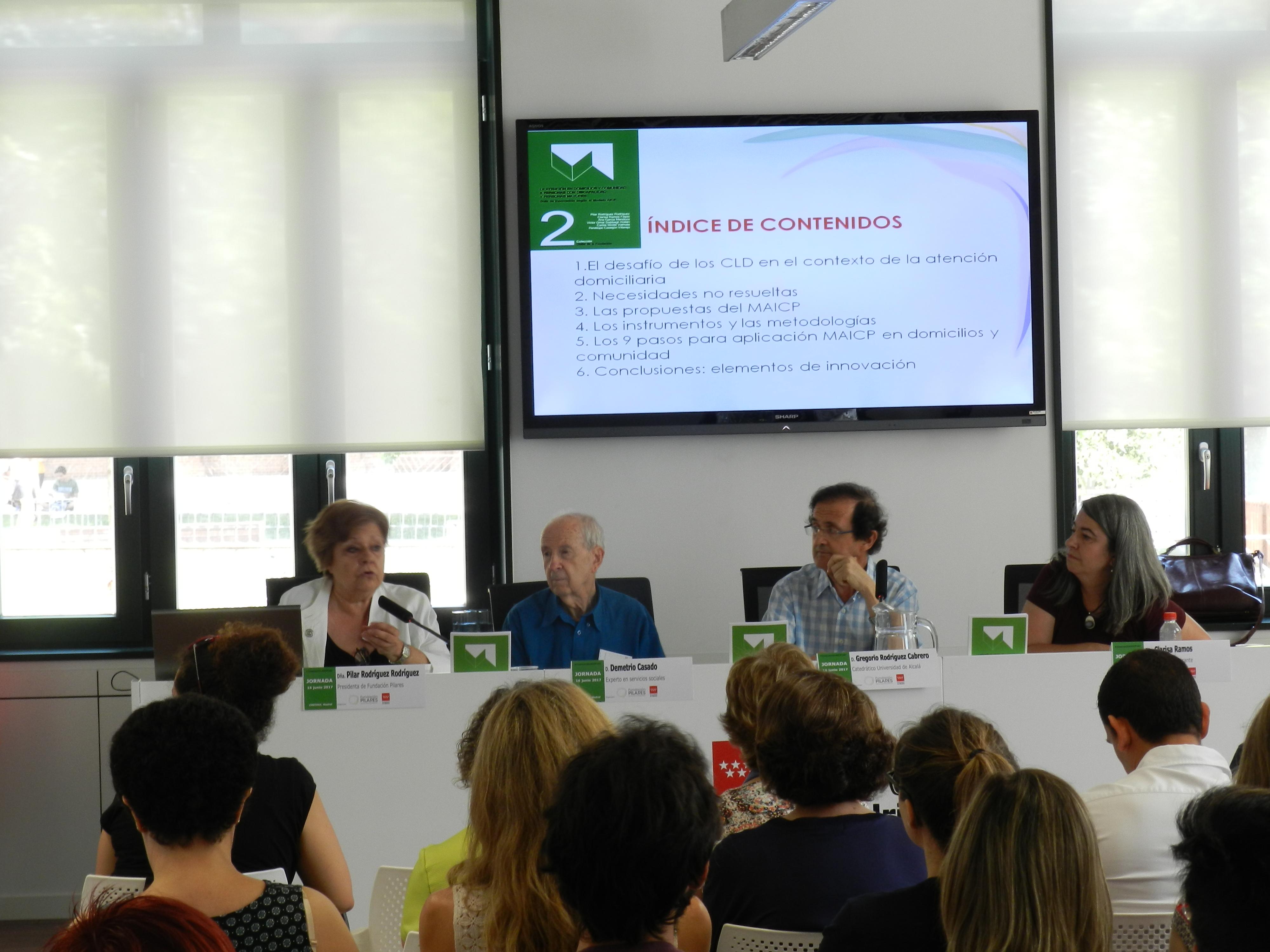 Pilar Rodríguez, Demetrio Casado, Gregorio Rodríguez Cabrero y Clarisa Ramos